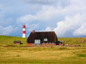 Ein Wahrzeichen der Insel: der Leuchtturm Ellenbogen